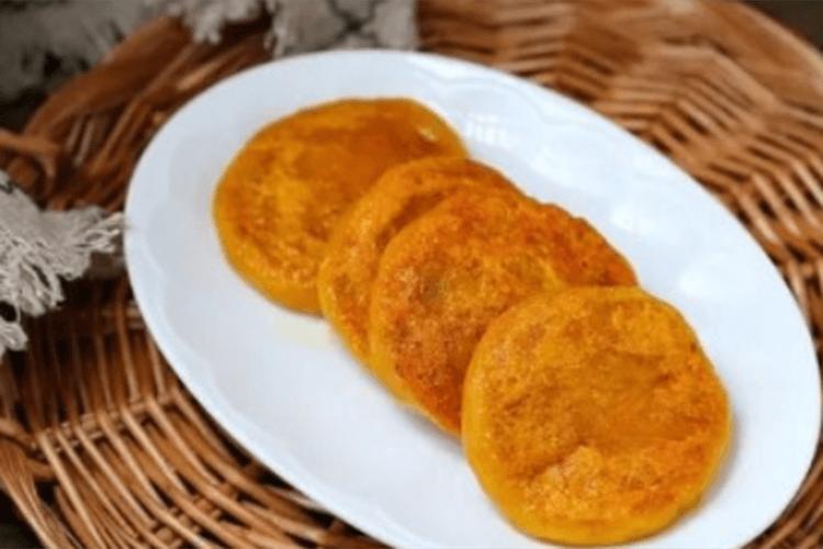 怎么做南瓜饼好吃?只用一点点油就能香倒一片