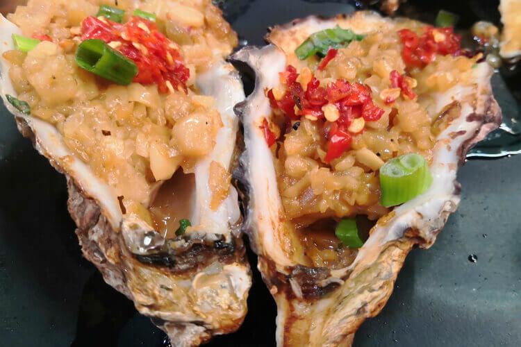 肉末生蚝怎么做比较好吃呢,一定要放辣椒吗?