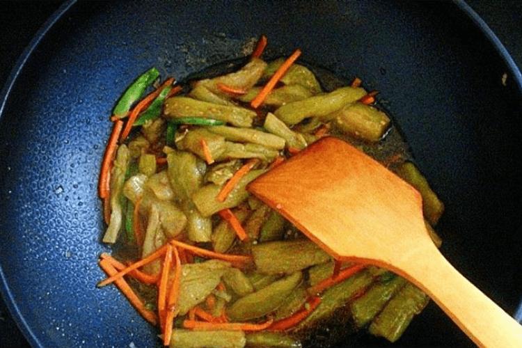 怎樣制作好吃的東北燒茄子