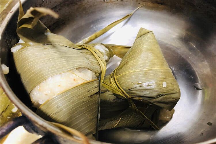 为什么要在端午节的时候吃粽子呀,端午时候吃粽子寓意什么?