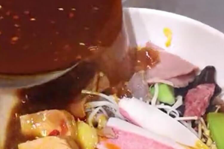 正宗的牛油味冒菜,試了才知道有多好吃!
