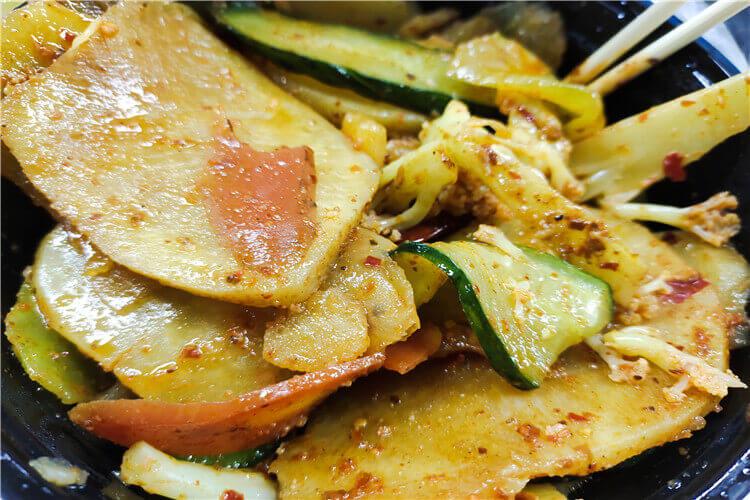 特别想吃麻辣香锅面,麻辣香锅面怎么做好吃?