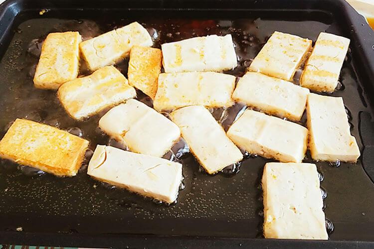 最喜欢吃菠菜豆腐汤,请问中午吃菠菜豆腐汤好吗?