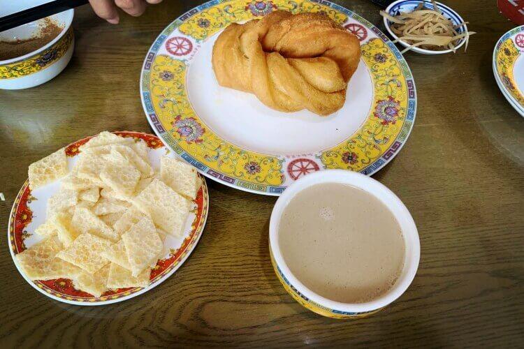 吃一次就爱上了,潮汕砂锅粥放的冬菜是什么样的?