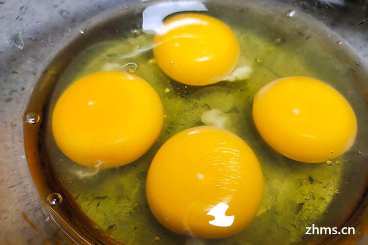 蛋黄表面的那层膜是蛋清吗