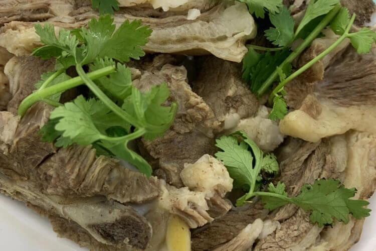 不太会弄蘸料,老北京涮羊肉蘸料怎么弄呢?
