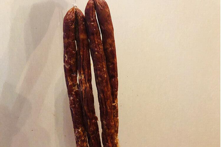 想要自己做腊肠,请问做这个广式腊牛肉肠用什么酱油最好?