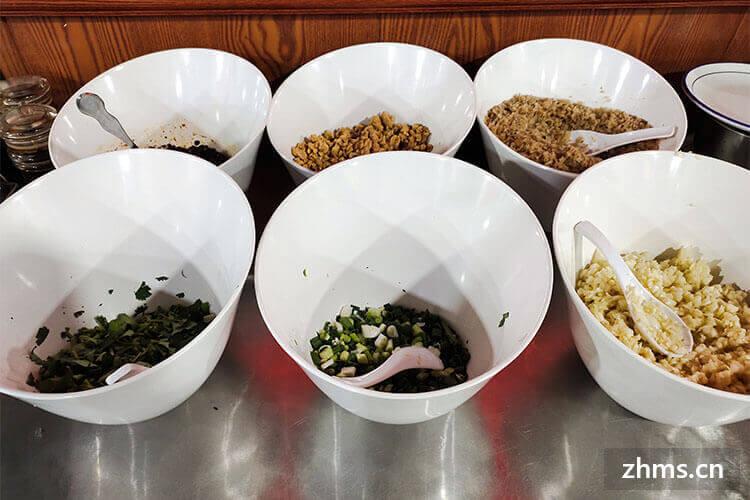 火锅食材超市这么多很多,那七掌柜火锅食材超市加盟费多少钱?