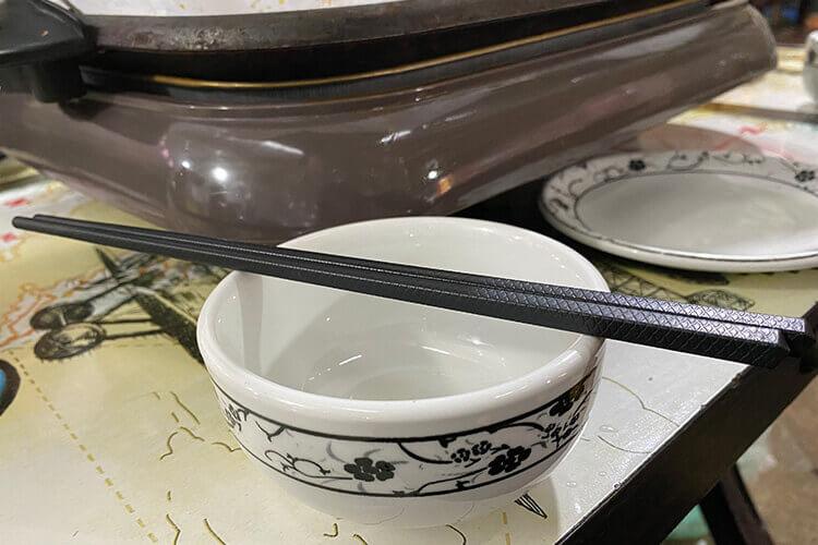 有铁木筷子和鸡翅木筷子,铁木和鸡翅木筷子的区别是什么?
