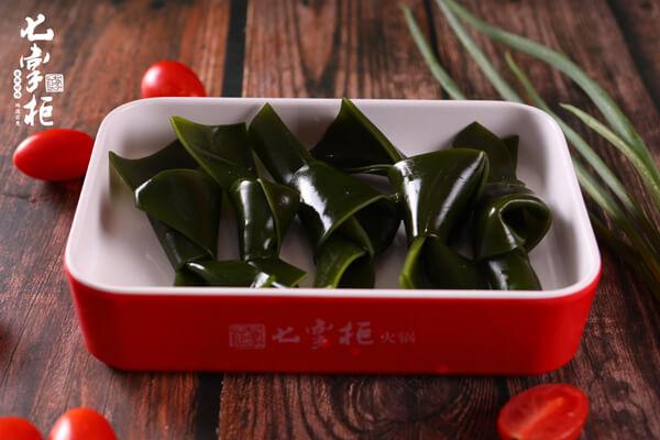 如何提升火锅食材便利店的竞争力?