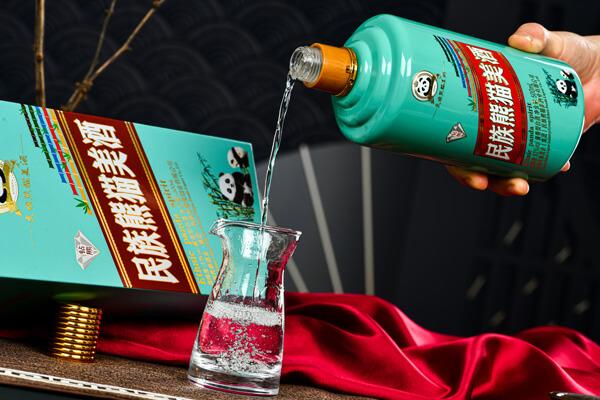 民族熊猫美酒图14