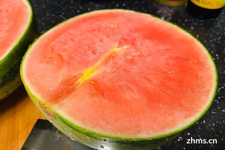 怎么选西瓜又红又甜