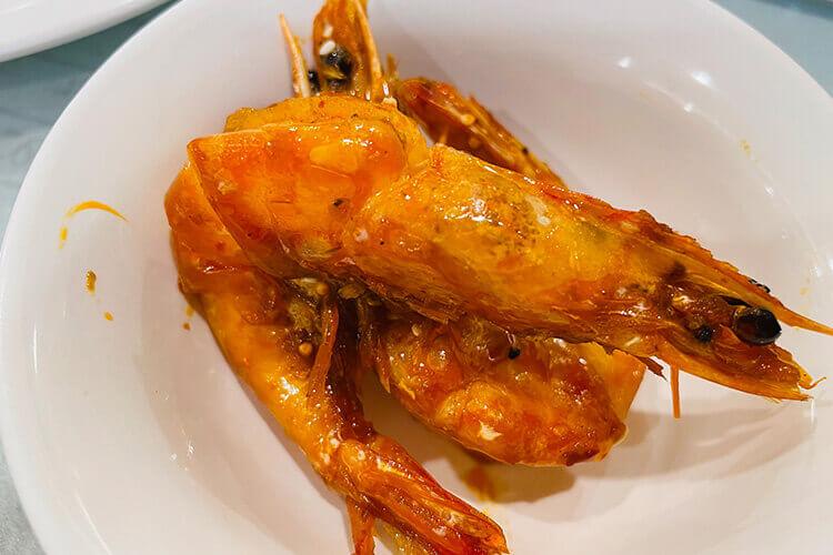 想吃小龙虾了,蒜蓉小龙虾和麻辣小龙虾哪个好?