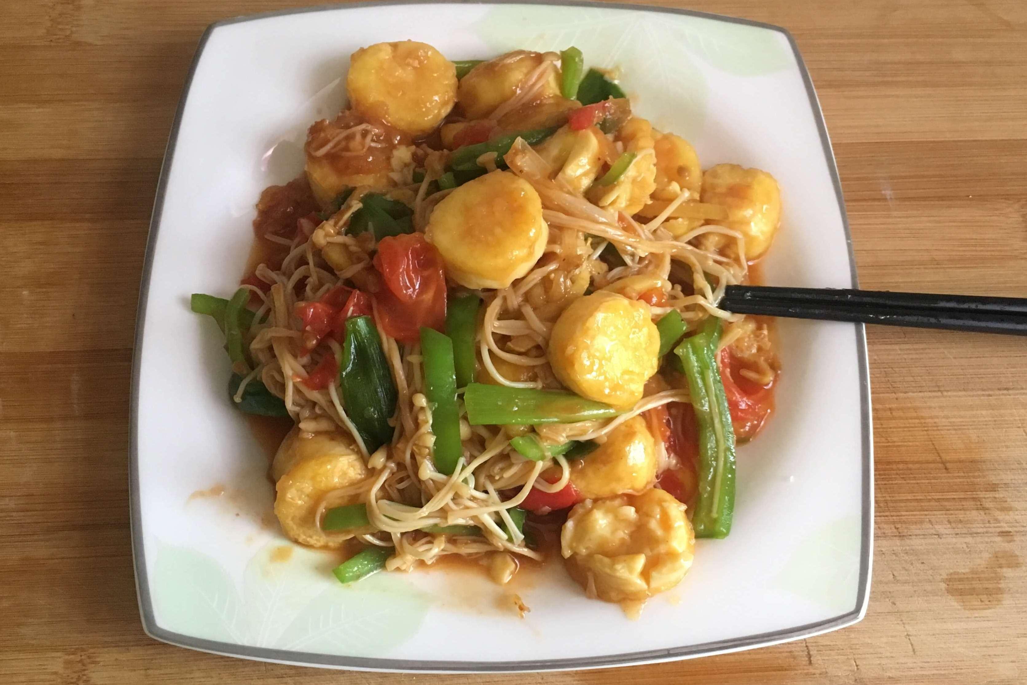 带你解锁金针菇日本豆腐的混合吃法,鲜香与滑嫩并行的一道菜,还愁不下饭吗?!
