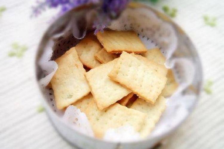 口味超棒的苏打饼干,做法也超简单
