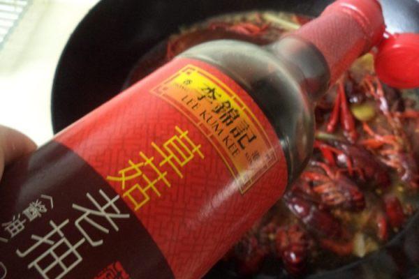 在家也能做自己喜欢的家常香辣小龙虾第七步