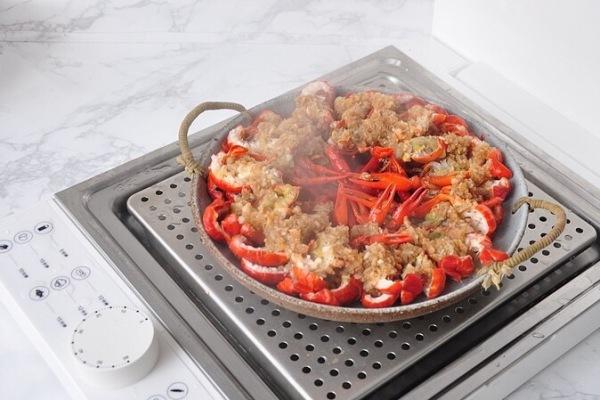 靓靓蒸虾——夏天一定要吃的小龙虾第七步