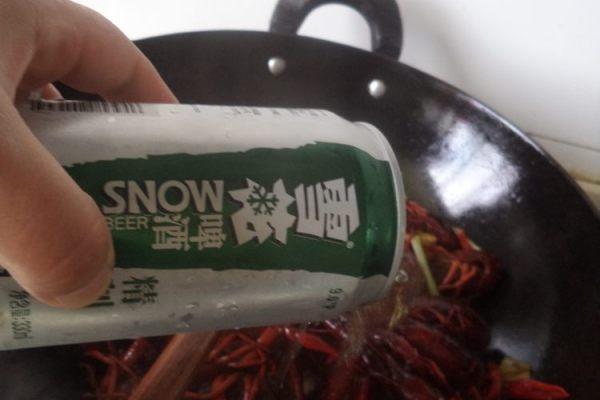 在家也能做自己喜欢的家常香辣小龙虾第六步