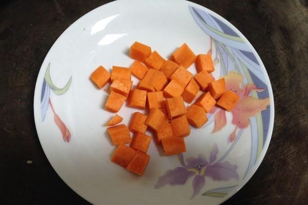 鲜嫩有味绝美的鸡蛋豆腐四鲜羹第一步