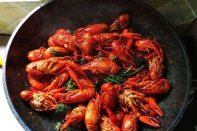 麻辣龙虾,吃出虾的盛宴