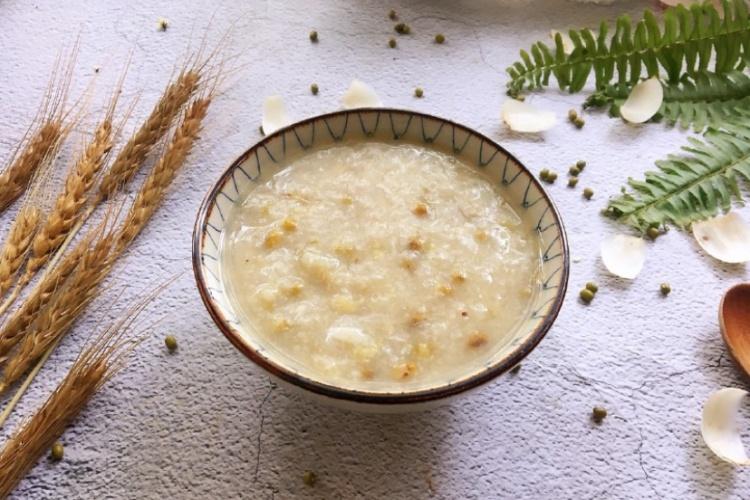 早餐吃大米绿豆粥,简单易做又养胃