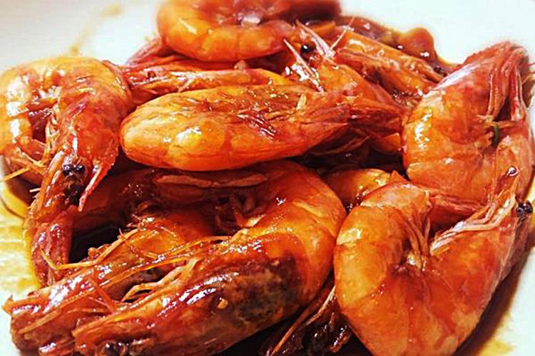 虾的经典做法——爆炒大虾
