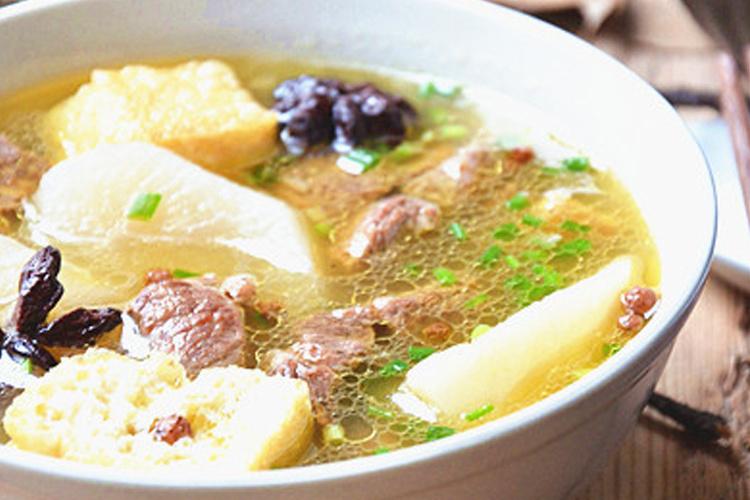 立冬给家人做一份暖暖的牛肉汤锅吧