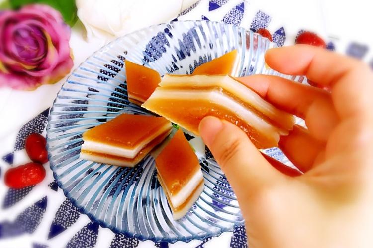 广式甜点:双色马蹄糕