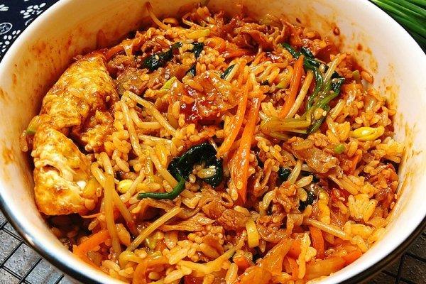 又甜又辣的韩国拌饭,只要酱汁到位,灵魂马上就位第十五步