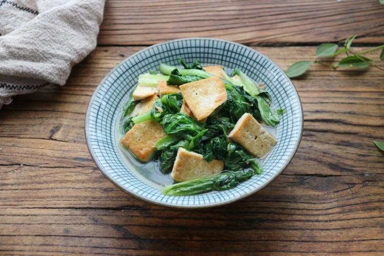 小白菜炖豆腐,简单又不失美味