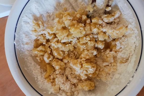 低糖版板栗饼,又香又酥第一步