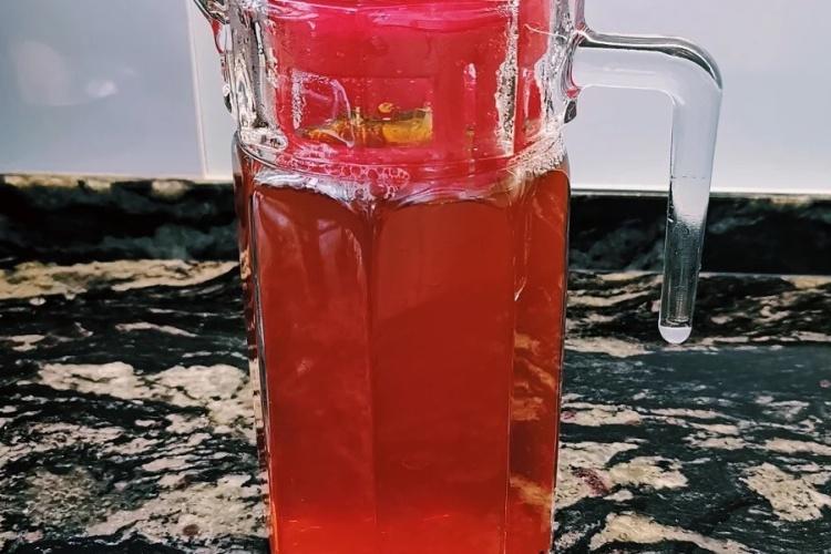 夏天宅家,来一杯自制冰红茶吧!