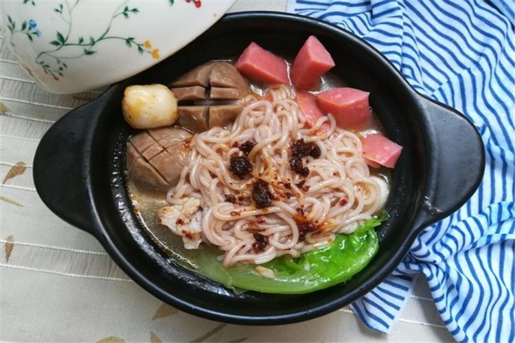 天冷来一碗砂锅米线,太好吃啦!