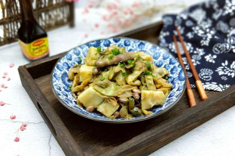 东北家长菜,豆角炖土豆