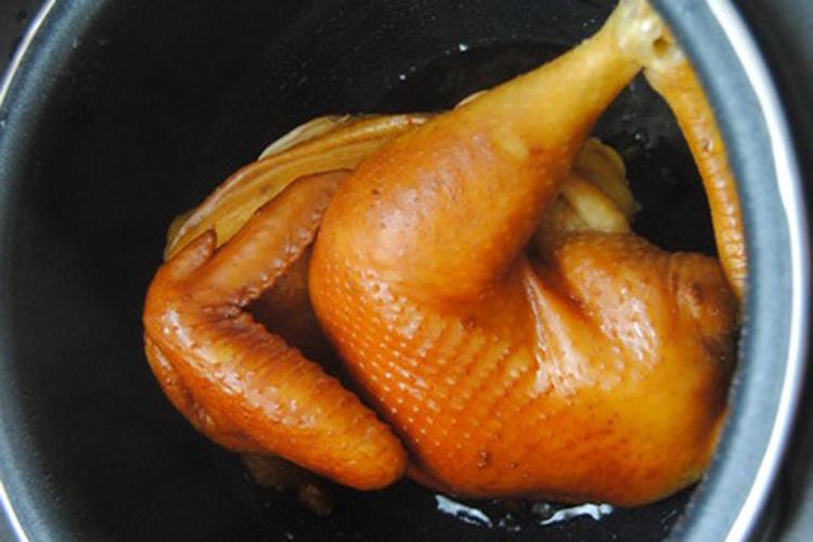色香味俱全的酱油鸡