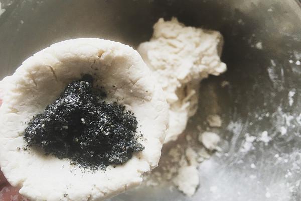 猪油汤团,皮薄馅多油而不腻的佳品第六步