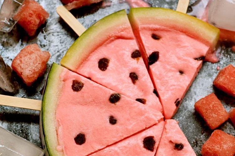 西瓜冰淇淋,造型逼真,吃西瓜不用吐籽儿哟