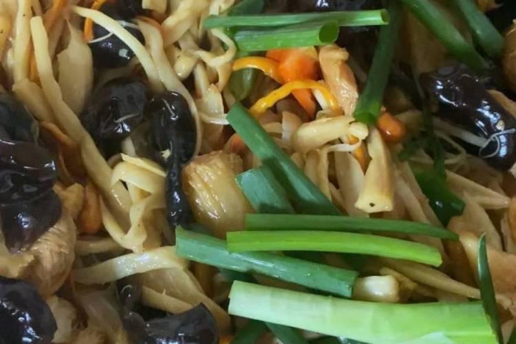 山珍蕨菜炒蘑菇带你吃出家的味道