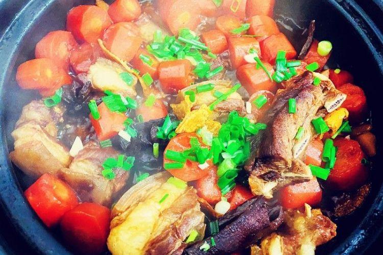 炖煲之羊排炖胡萝卜砂锅煲,每尝一口都惊艳着你的味蕾