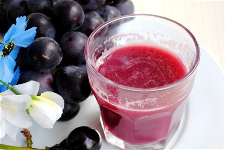 炎炎夏日,不如来一杯葡萄汁