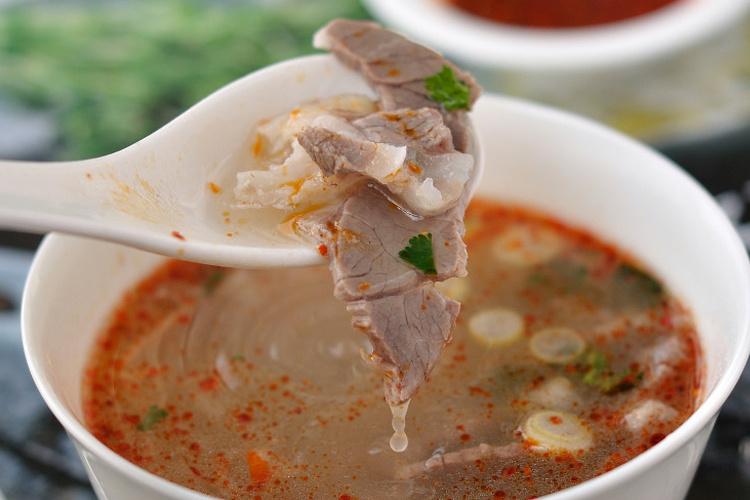 超级纯粹的味道,原汁原味的简阳羊肉汤
