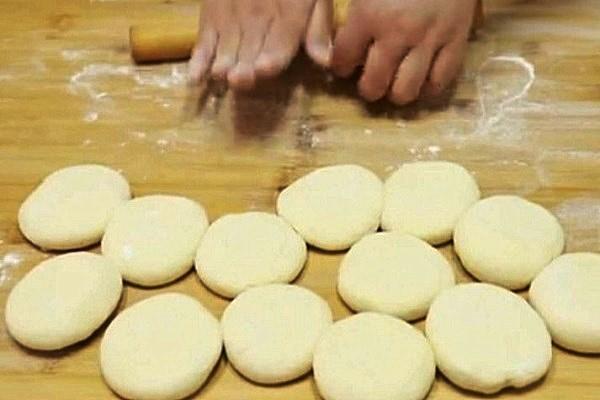 五珍粉包子,营养又美味的早点第十一步