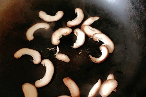 菠菜牛肉粥,从此丰富你的早餐第七步