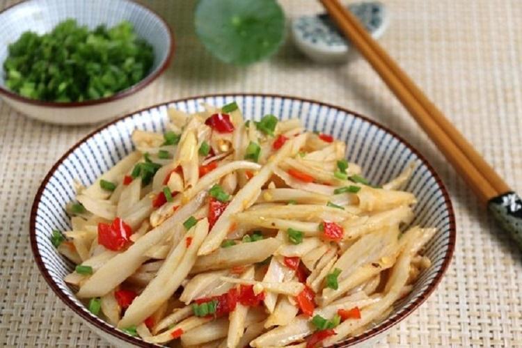剁椒藕丝,百吃不厌的下饭菜