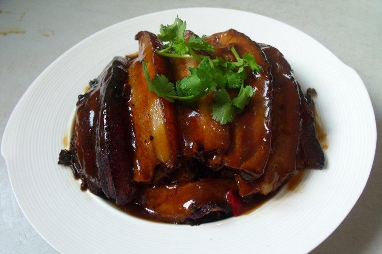 年夜饭桌上的饭小偷——梅菜扣肉饭