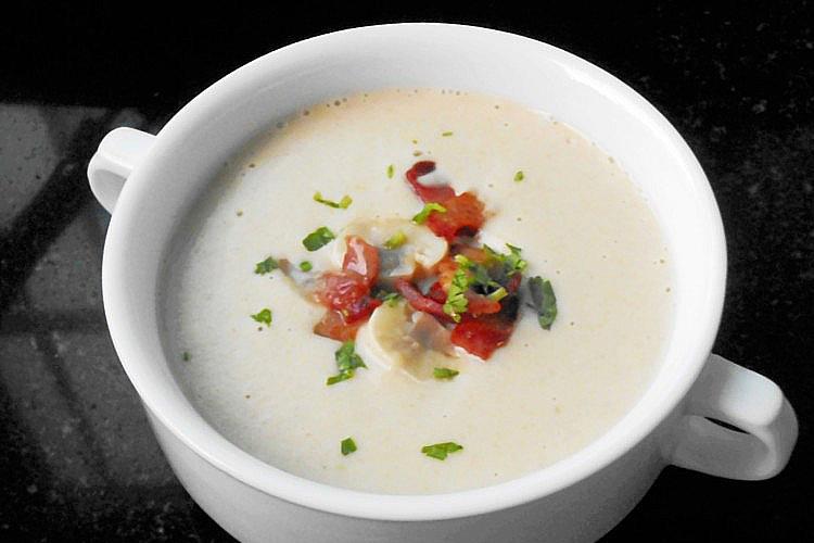 在家简单get西式经典奶油蘑菇浓汤
