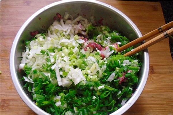 羊肉芹菜饺子,肉嫩味美的神仙搭配第四步