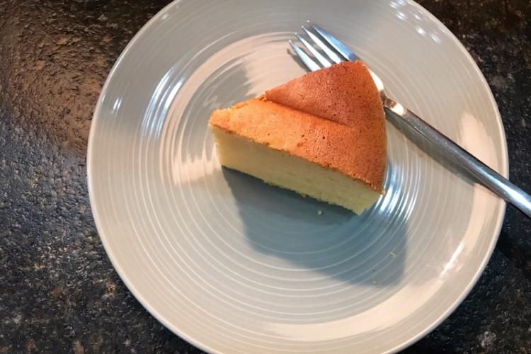 淡奶油戚风蛋糕,一口松软,奶香十足