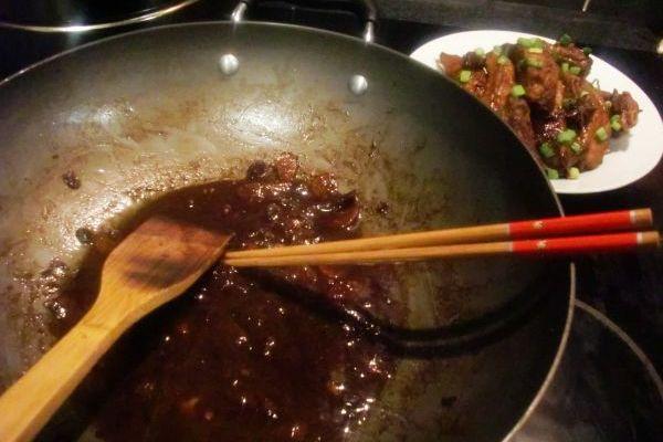 排骨酱香做法简单,比糖醋排骨更好做第八步