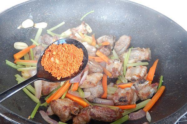 美味干锅小排骨第九步
